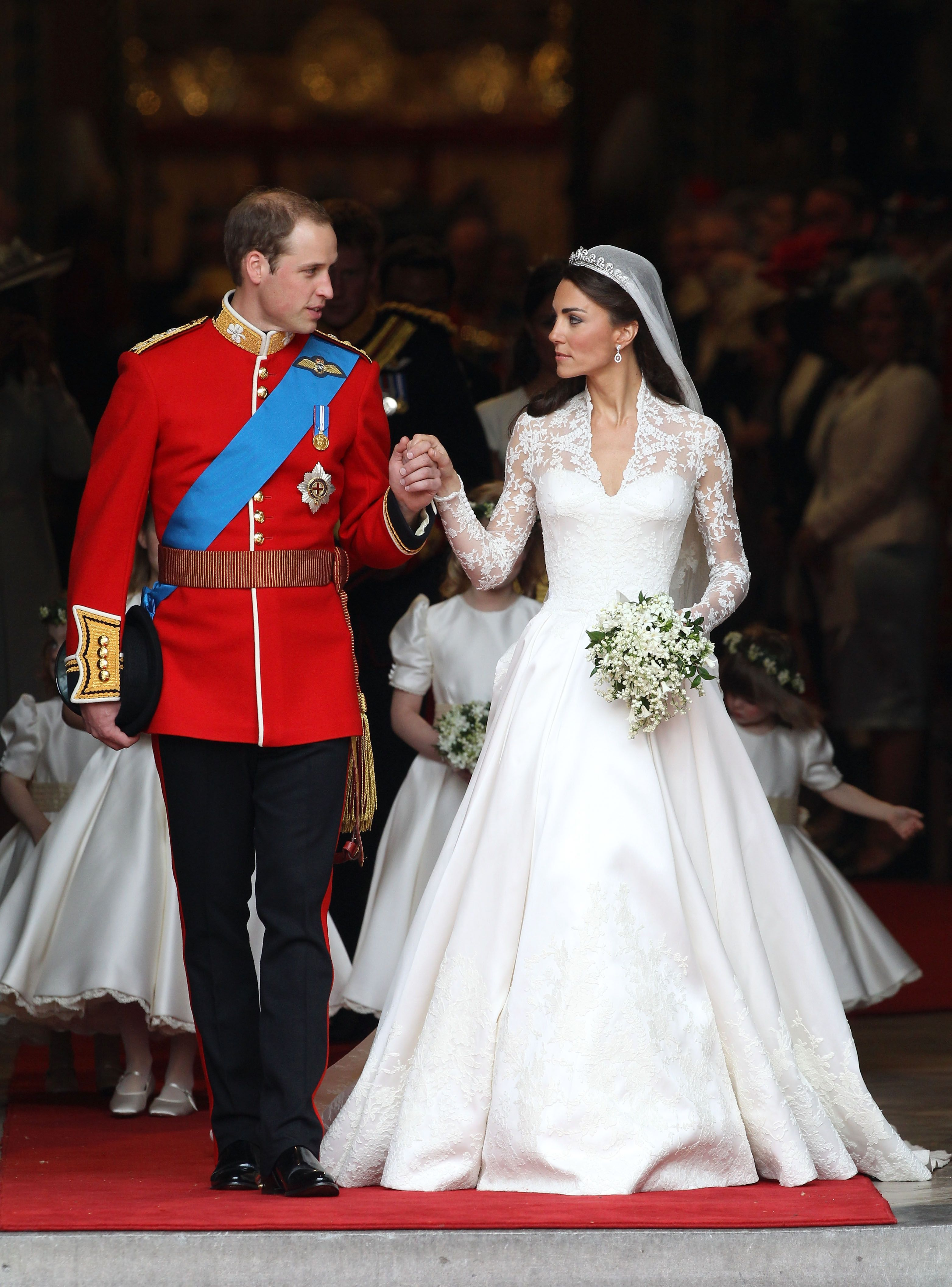 Королівський стиль  7 найкрасивіших весільних суконь d6277288e327c
