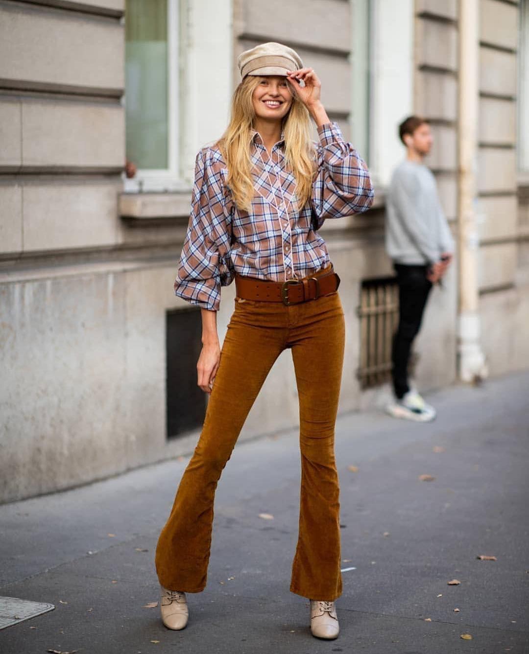 Не варто зациклюватися на синіх відтінках деніму - у моді білі джинси 11152eea0d033