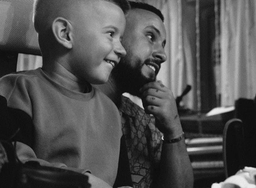 монатик дети