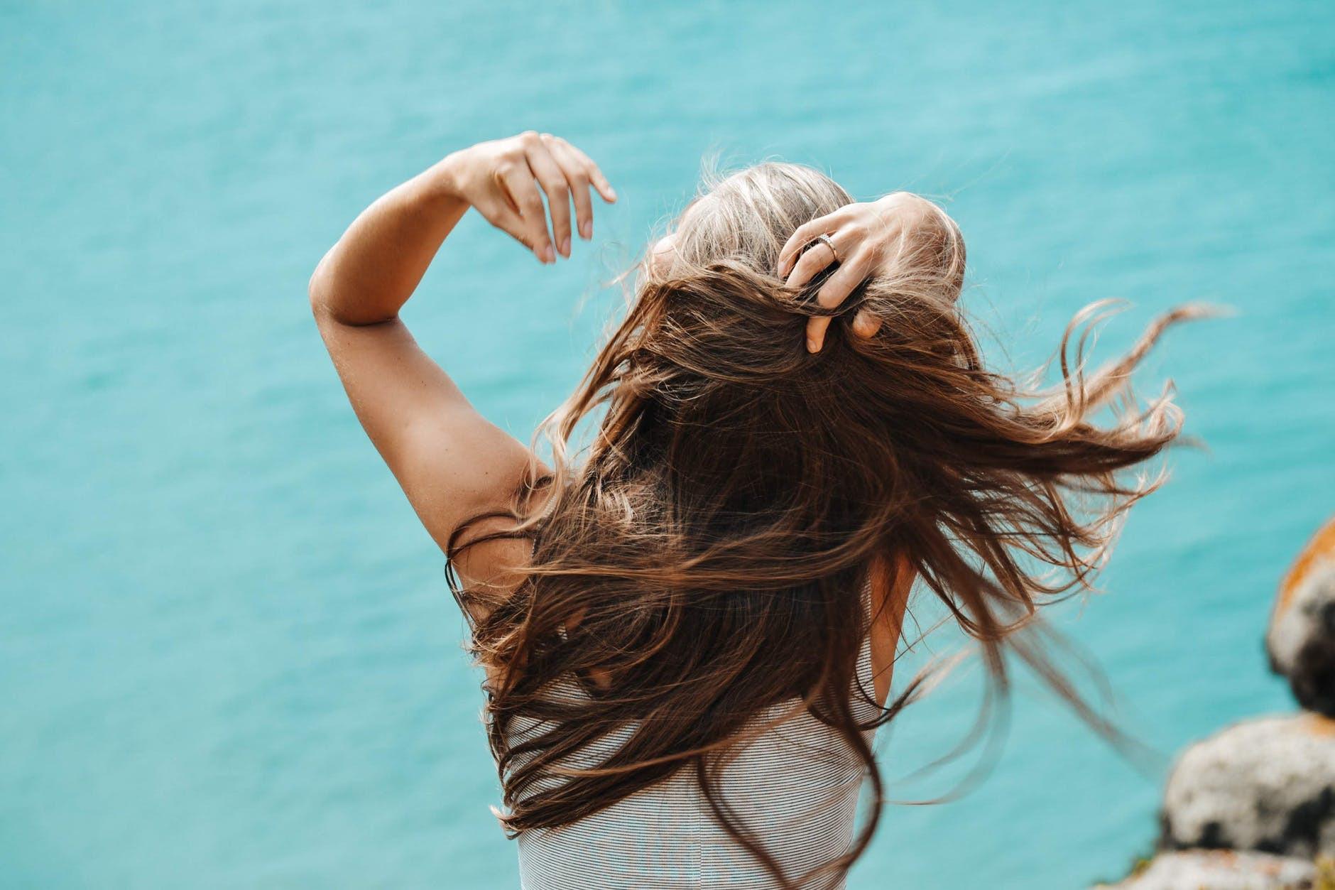 волосся влітку