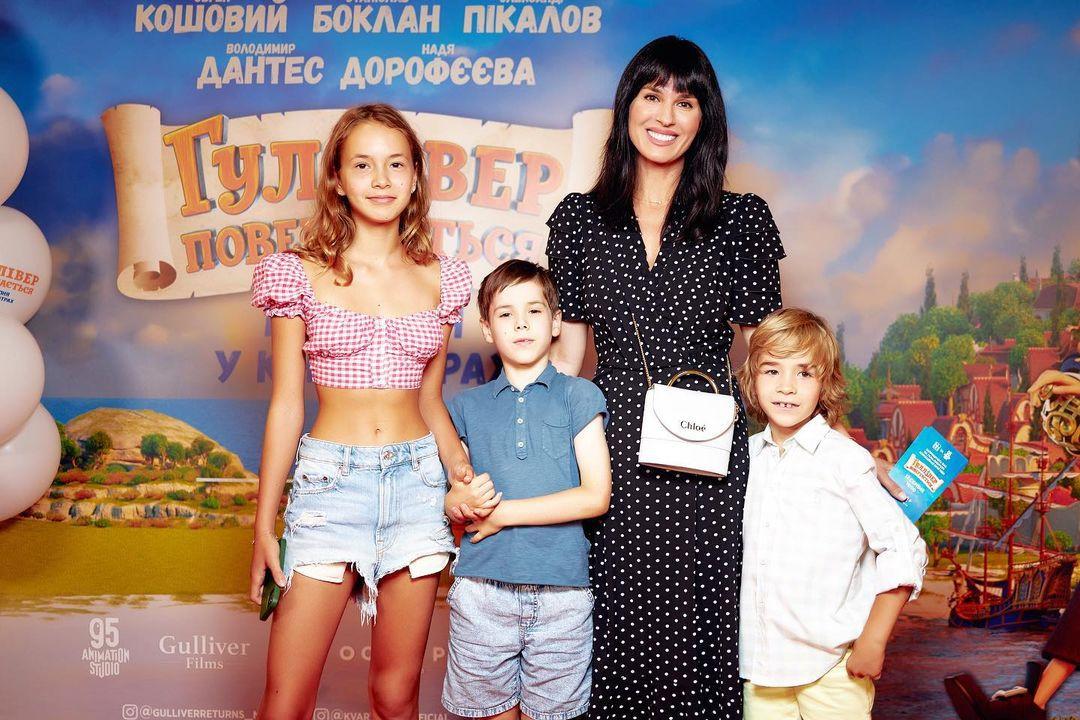 Мария Ефросинина рассказала о выборе школы для сына