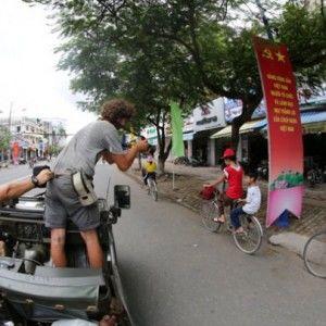 Світ навиворіт: Дмитро Комаров шукає пригоди у В'єтнамі
