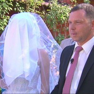 2 млн. українців зацікавилися одруженням наосліп
