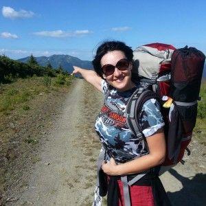 Соломія Вітвіцька взяла рюкзак і пішла в гори