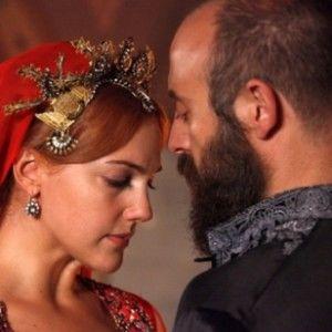 """""""Роксолані"""" Мер'єм Узерлі складно бути з турецькими чоловіками"""