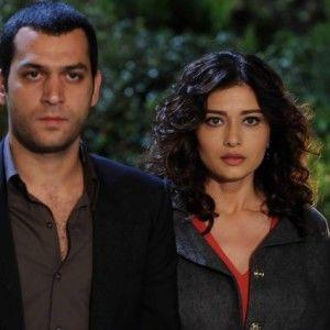 Любов та покарання. 14 серія. Саваш вирішує розлучитися з Чічек і одружитися з Ясемін