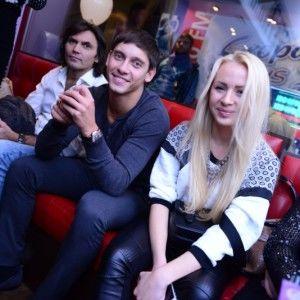 """Новий секс-символ України після тренувань """"Вишки"""" залишається наодинці з учасницею"""