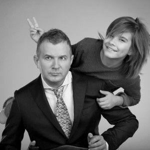 Зірки 1+1 допомагають дітям знайти люблячих батьків