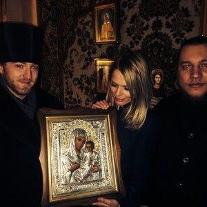 """Ведуча """"Голосу країни"""" Ольга Фреймут відправилася у чоловічий монастир"""