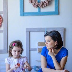 Марічка Падалко з донькою навчилися готувати пасхальний десерт