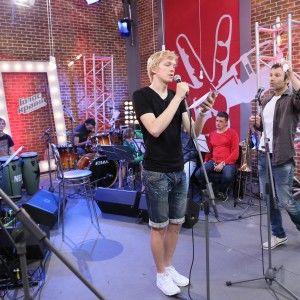 """Перед суперфіналом """"Голосу країни 4"""" Вакарчук став безпощадним, а Лазарєв """"насолив"""" Лорак"""