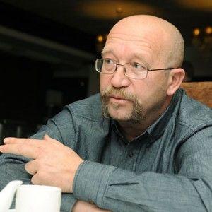 """Автор проекту """"Машина часу"""" на 5-му каналі Андрій Охрімович потребує термінової допомоги."""