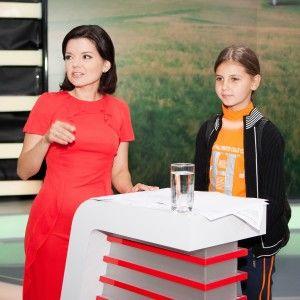 """Діти-переселенці побували на телеканалі """"1+1"""" та зустрілися з ведучими"""