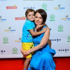 6-річний син Алли Мазур подружився з дітками-переселенцями
