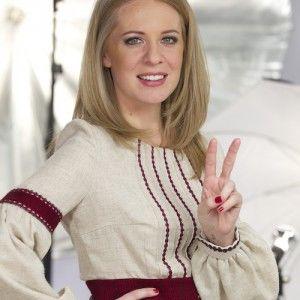 """Брія Блесінг продала сценічне вбрання з """"Голосу країни"""", щоб допомогти військовим"""