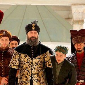 """""""Величне століття"""": Сулейман Халіт Ергенч позбувся довгої бороди"""