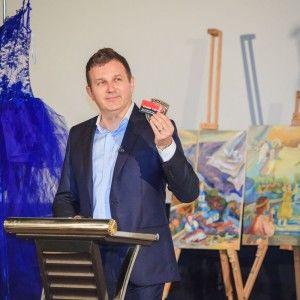 """Благодійний аукціон """"Хоробрих сердець"""" зібрав понад 200 тисяч гривень"""