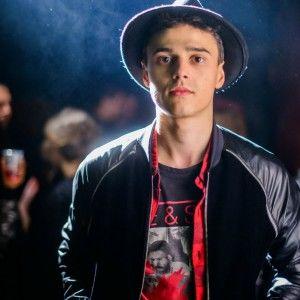 """Учасник """"Голосу країни"""" Нікіта Алексеєв презентував дебютний кліп"""