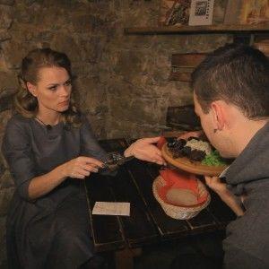 """Інспектор Фреймут з'ясувала, чим пахне фірмова страва львівської """"Криївки"""""""