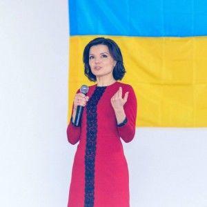 """Марічка Падалко із """"Жіночим Батальйоном"""" завітали до  Ірпінського військового шпиталю"""