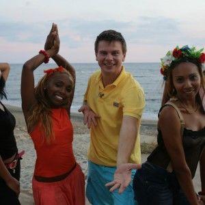 """У """"Світі навиворіт"""" найкращий танцювальний колектив Куби танцюватиме під """"Океан Ельзи"""""""