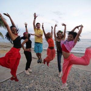 Як кубинці та Комаров танцювали румбу під Океан Ельзи