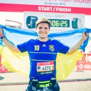 Анатолій Анатоліч офіційно здолав дистанцію напівмарафону в 21 км