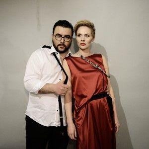 Ранкові ведучі Руслан Сенічкін та Марина Леончук здивували вечірніми образами