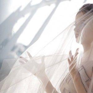 Тоня Матвієнко приміряла весільню сукню (ФОТО)