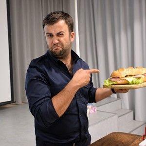 Життя без обману: Чи можна їсти після шостої під час схуднення?