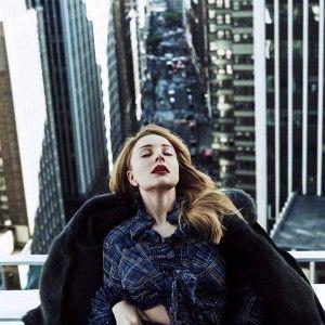 Тіна Кароль стала зіркою розкішної фотосесії у центрі Нью-Йорка