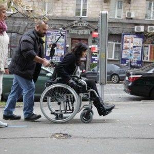 Соломія Вітвіцька провела один день як людина на візку (ФОТО)