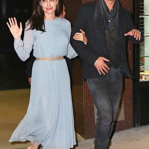 Зірковий дайджест: Джолі і Пітт демонстрували почуття на прем'єрі спільного фільму (ВІДЕО)