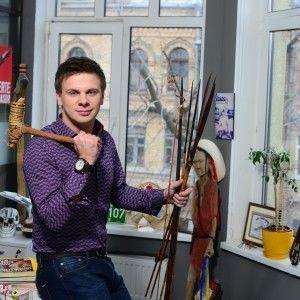 Дмитро Комаров показав свій кабінет (ВІДЕО)