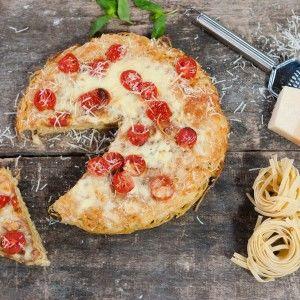"""Сніданок з """"1+1"""": Як готувати вишуканий італійський омлет з пастою (ВІДЕО)"""