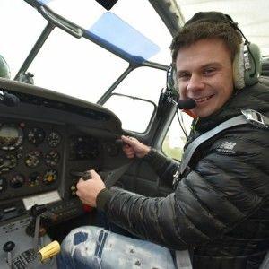 Дмитро Комаров опанував 10 різновидів літаків (ФОТО)