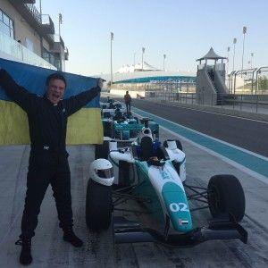 Комаров спробував себе у ролі пілота на трасі Формули-1 (ВІДЕО)
