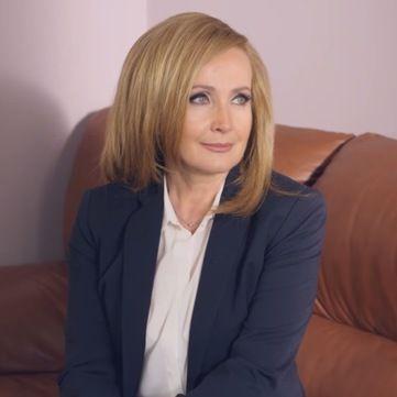 Катя Осадча розпитає про особисте життя зірок серіалу Хазяйка