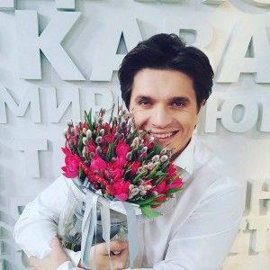 Анатолій Анатоліч зворушив вчинком на День закоханих