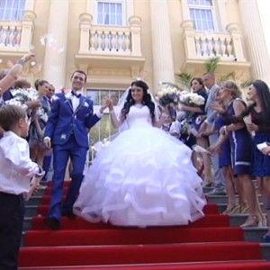 4 весілля: суші замість баноша і принц на білому коні