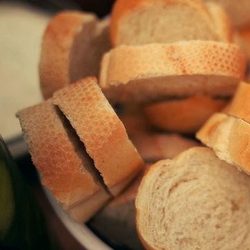 Сніданок. Вихідний: Як правильно зберігати хліб
