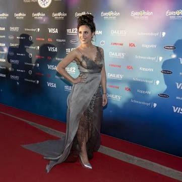 На відкритті Євробачення 2016 Джамала вразила вишуканою сукнею