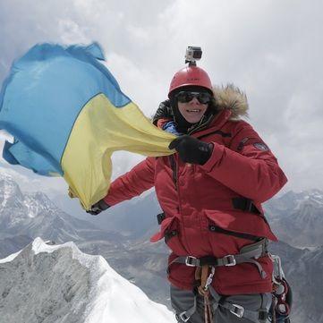 Команда Світу навиворіт  підкорила легендарну вершину Гімалаїв