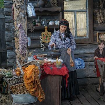 Лада Лузіна розповіла, звідки походять легенди про шабаш і відьом