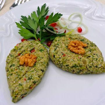 Рецепт від Руслана Сенічкіна: грузинська закуска пхалі