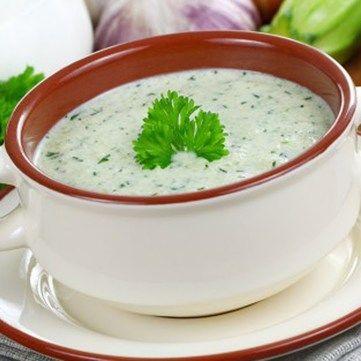 Рецепт від Руслана Сенічкіна: холодний суп із огірка та цукіні