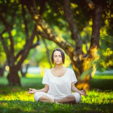 4 практики йоги для здорового тіла та розуму