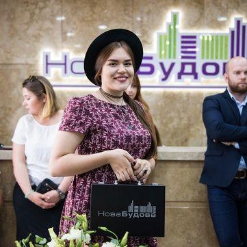 Переможниця Голосу країни Віталіна Мусієнко вперше побувала у своїй новій квартирі (відео)