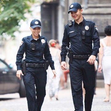 День народження Національної поліції: Зіркові селфі з копами