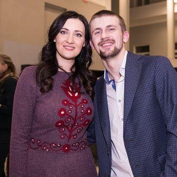 Вітвіцька і Тарабарова разом з героєм АТО презентують проект «Переможці» у Херсоні